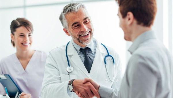 Titular del certificado para el registro en el registro nacional de profesionales de la salud individuales