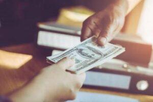 ¿Cuánto dinero necesito para viajar a Holland NR?