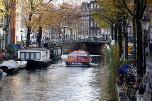 Tuve que viajar a Holanda