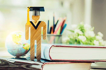 Conozca los requisitos para legalizar el título universitario