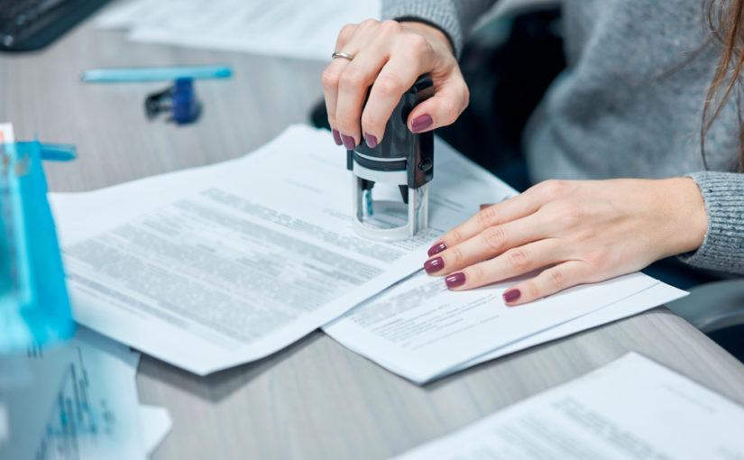 Cómo organizar y enviar los documentos comerciales de su empresa 都 Autónomo