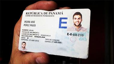 Requisitos de nacionalización para el panameño
