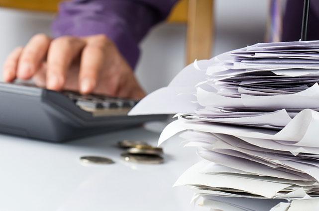 Cómo satisfacer el pago de impuestos de su empresa: mi propio jefe