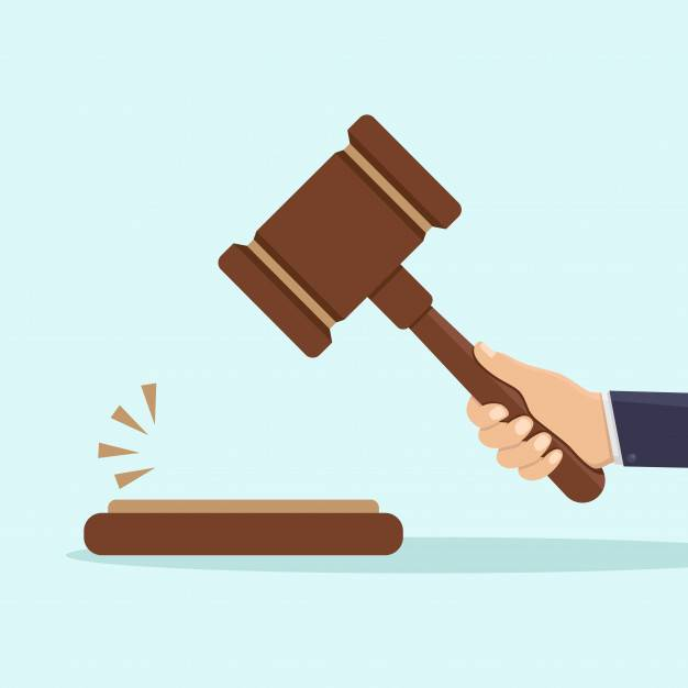 2 Elija un juez costero rico