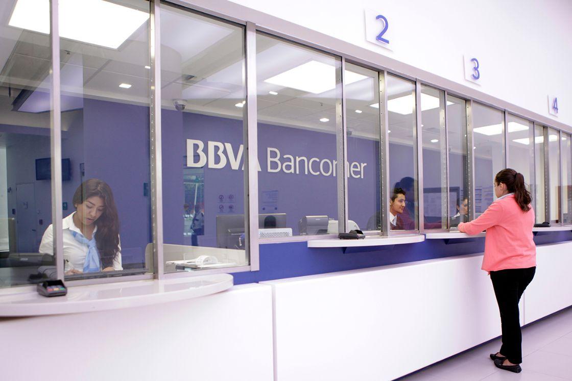 BBVA Bancomer servirá a sus clientes de WhatsApp ör ör The Economist