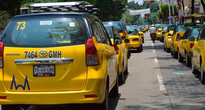 Los taxistas reciben 5 puntos del área de Guadalajara - Guadalajara